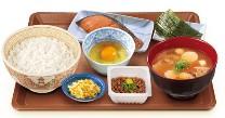 とん汁鮭納豆定食.jpg