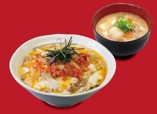 キムチ牛とじ丼豚汁セット.jpg