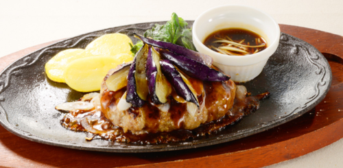 ビーフハンバーグ〜生姜醤油ソース.png