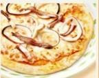 真イカとアンンチョビのピザ.jpg