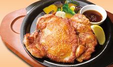 肉厚ジューシー若鶏の秘伝スパイスグリル 醤油ソース.png