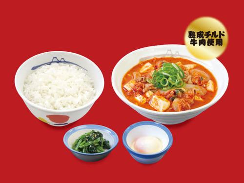 豆腐キムチチゲ膳(プレミアム牛肉使用)半熟玉子.jpg