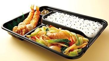 醤油野菜炒めエビフライ弁当.jpg
